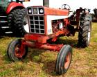 1972 INTERNATIONAL FARMALL 666 TRACTOR - 7,846.3 HOURS - GOOD CONDITION - PTO - DRAW BAR - 1  CYLINDER HOOK-UP - 1 FLASHER LIGHT MISSING -  FRONT TIRES:  AGRI DEESTONE 7.50-16, ONE  LIKE NEW, ONE WORN BADLY - REAR TIRES:  BKT  16.9-38 NYLON TR-135 MID-TRE