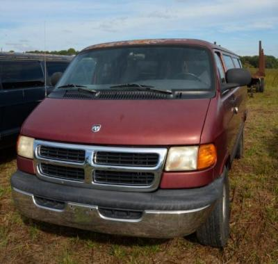 1999 DODGE RAM 3500 PASSENGER VAN - 199,989 MILES - RED - DRIVER DOOR HANDLE NEEDS REPAIR -  INTERIOR LINER IS MISSING - SEATS HAVE TEARS  - SHOWS WEAR & TEAR FOR AGE - BACK DOOR NEEDS  ADJUSTMENT (TIED CLOSED WITH A ROPE) - REAR  BUMPER MISSING - CONDITI