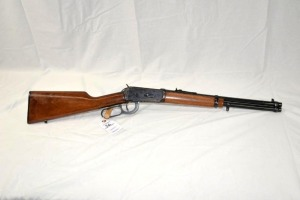 WINCHESTER MODEL 94 LEVER ACTION RIFLE - 30-30 WIN