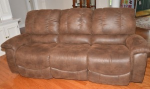 LIVING ROOM SUITE - ARTIFICIAL LEATHER STYLE SOFA