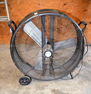 UTILITECH PORTABLE SHOP FAN - 36""