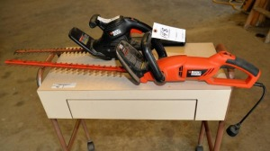 (2) BLACK & DECKER HEDGE TRIMMERS - ELECTRIC
