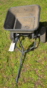 YARD FERTILIZER CART - SMALL SIZE- RUBBER TIRES