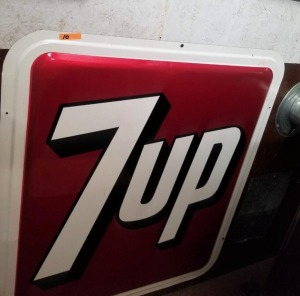 """7UP"" METAL SIGN - BRIGHT COLORS"
