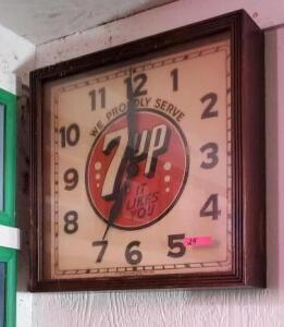 SQUARE 7UP CLOCK - WOOD FRAME - GLASS FRONT