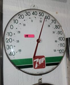 """7UP"" ROUND PLASTIC THERMOMETER"