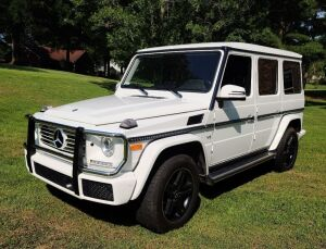 2017 MERCEDES-BENZ G-CLASS MULTIPURPOSE VEHICLE (MPV) G 550 - MILEAGE: 29,850 MILES - 4 DOOR  -4WD -