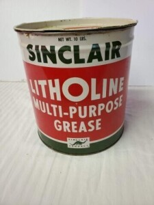 SINCLAIR LITHOLINE MULTI-PURPOSE GREASE CAN NET WT. 10 LBS, TOP WRITING IS CLEAR, SHOWS SLIGHT RUST, SCRATCHES AND DENTS.  BOTTOM SHOWS VERY LITTLE RUST.