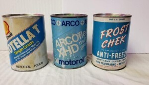 (3) MOTOR FLUID QUART CANS - FROST CHEK ANTI- FREEZE QUART CAN, EMPTY CAN WITH NO HOLES, WRITING AND COLOR IS GOOD, FEW SCRATCHES, RIM IS MOSTLY CLEAR, TOP HAS LIGHT PITTING AND STAIN FROM STICKER, SLIGHT DISCOLORATION NEAR LOWER RIM, BOTTOM IS SILVER WIT