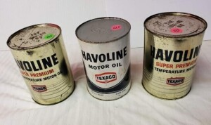 (3) HAVOLINE MOTOR OIL FULL QUART CANS - HAVOLINE SUPER PREMIUM MOTOR OIL FULL QUART CAN WITH TEXACO EMBLEM, SILVER CAN SHOWS SOME RUBS, SCRATCHES, WEAR AND RUST PITTING, BEND ON ONE SIDE, WRITING IS BRIGHT, TOP RIM IS WORN WITH SCRATCHES AND PITTING, TOP
