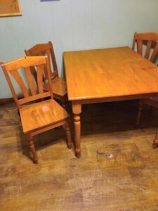 MAPLE DINETTE TABLE, RECTANGLE -- (4) CHAIRS