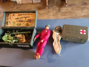 SIX MILLION DOLLAR MAN DOLL WITH DIVING SUIT AND