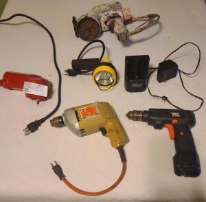 JUMP START ENGINE STARTER, DOES RUN -- ELECTRIC