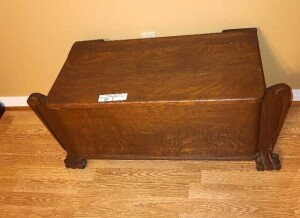TOY CHEST - GOOD FINISH - FRONT LEGS WITH CARVED