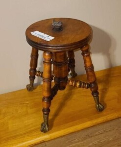 ORGAN STOOL BASE WITH NO TOP - GOOD FINISH - IRON SPINDLE IS BROKEN -- ORGAN STOOL SEAT -