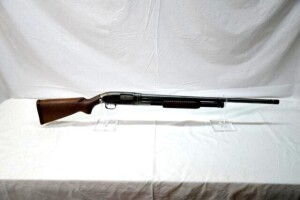 WINCHESTER MODEL 12 SHOTGUN - PUMP - 12 GAUGE -