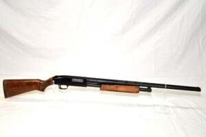 MOSSBERG MODEL 500C SHOTGUN - 20 GAUGE