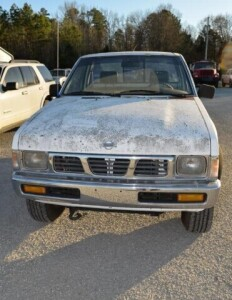 1996 NISSAN XE PICKUP - VIN # 1N6SD11YXTC365499 - Click for VIDEO