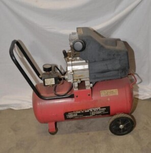PORTABLE AIR COMPRESSOR WITH TANK - ELECTRIC