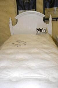NATIONAL BEDDING CO. TWIN MATTRESS & BOX SPRINGS $299.95