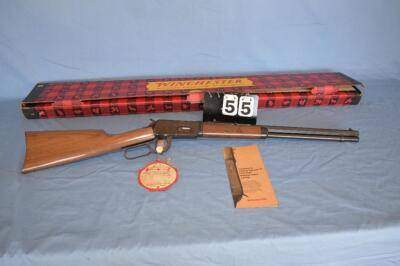"WINCHESTER CANADIAN CENTENNIAL 1867-1967 CARBINE NEW IN BOX - COMMEMORATIVE RIFLE - 30/30 WIN. CAL. - 20"" OCTOGON BARREL -  LEVER ACTION  REPEATING RIFLE - NEW IN ORIGINAL BOX - BOX HAS SLIGHT DAMAGE AND RUBS BUT IN GOOD CONDITION SERNIAL NUMBER ON BOX MA"