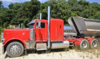 1994 PETERBILT TRACTOR VIN: 1XP5DB9X0RN346862- Miles: -Engine: CATERPILLAR 14.6L L6 DIES - Color: RED-10 SPEED TRANSMISSION- LOADED WITH CHROME- INSIDE CHROME ON DASH, POCKET, HEATER COVER, FLOOR SHIFT, STEERING, HEADLINER, AROUND RADIO, SHIFT LEVER,