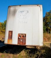 TRAILER MOBILE  - S/N: A11A1CAHB64140 - NO TITLE - 96 IN WIDE BY 40 FT LONG - METAL BED - DOORS - SOME PLACES HAVE BEEN REPAIRED - TEAR IN TOP NEAR BACK - HILE IN TOP