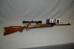 REMINGTON 700 RIFLE - 25-06 CAL. - SIMMONS 3 X 9  40 - BLUING SHOWS -